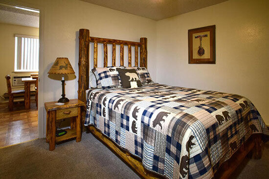 cabin lodgepole pine bed